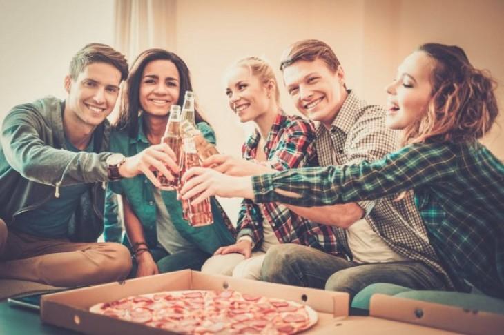 Kako organizovati nezaboravnu kućnu žurku